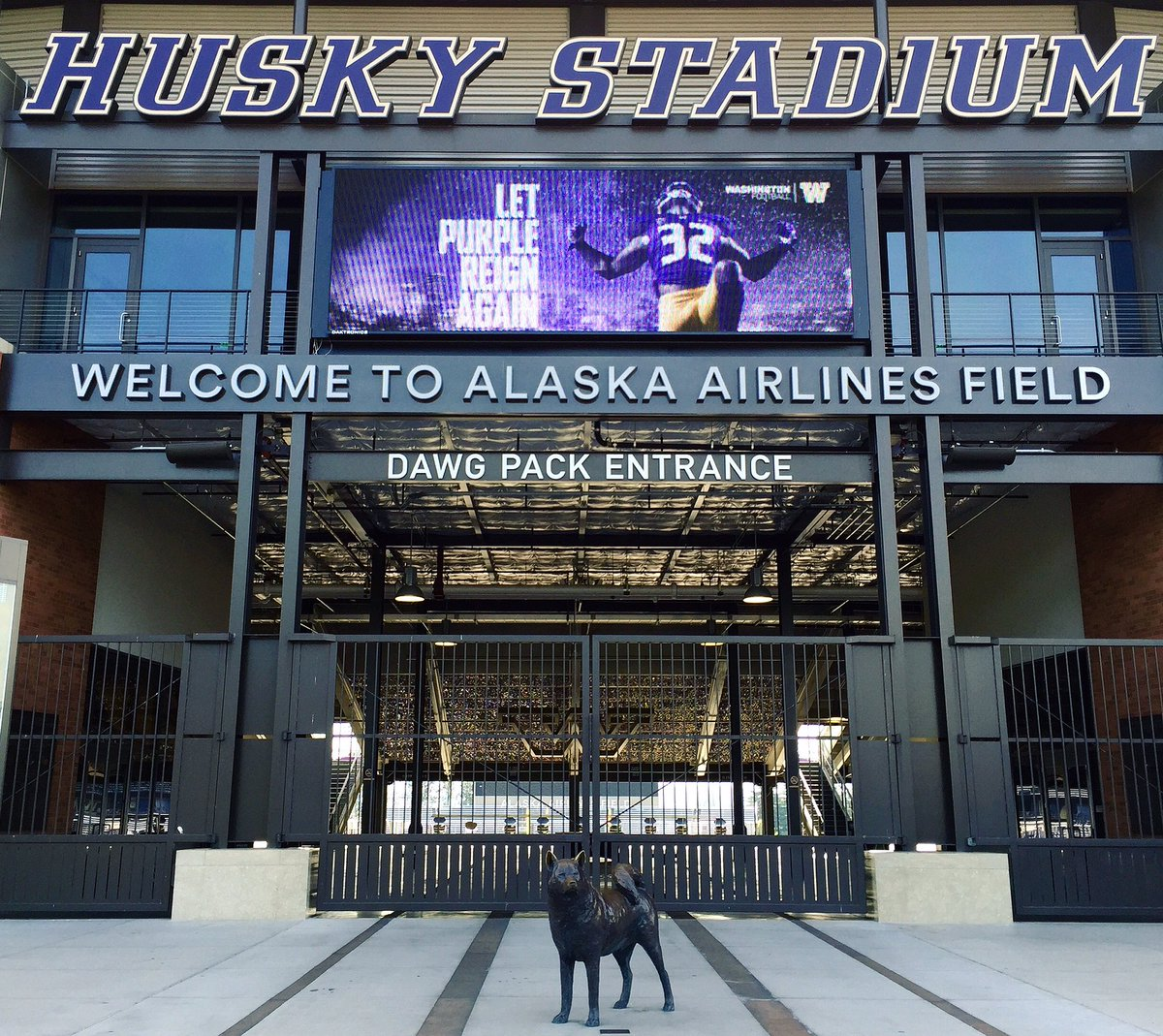 Alaska Airlines Field Corporate Sponsorship | Sports Law